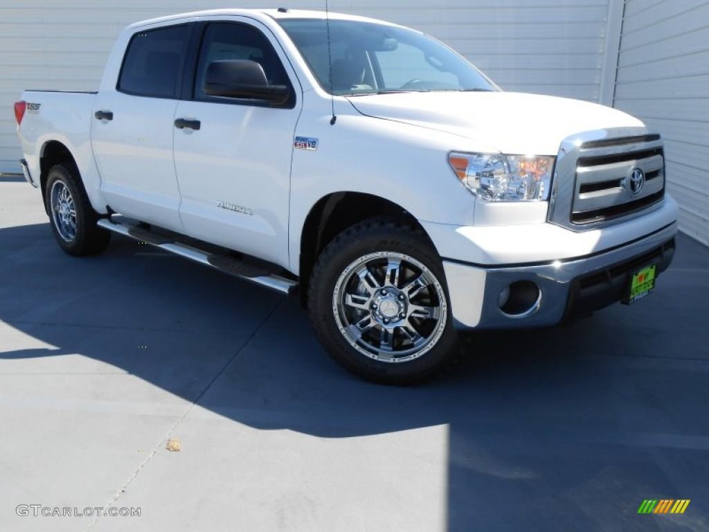 2013 Tundra TSS CrewMax - Super White / Graphite photo #1