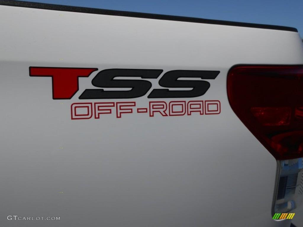 2013 Tundra TSS CrewMax - Super White / Graphite photo #7