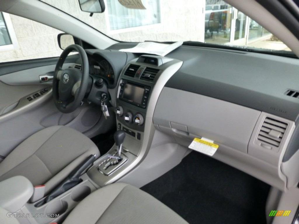 Ash Interior 2013 Toyota Corolla Le Photo 77902110