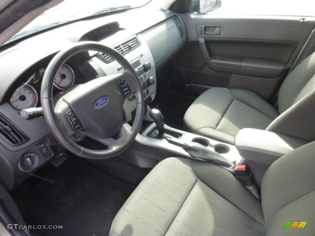 Charcoal Black Interior 2008 Ford Focus Se Sedan Photo