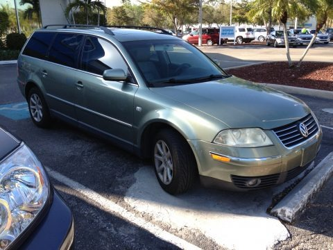 2004 Volkswagen Passat Data, Info and Specs | GTCarLot.com