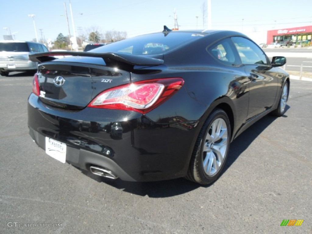 2013 Genesis Coupe 2.0T - Black Noir Pearl / Black Cloth photo #5