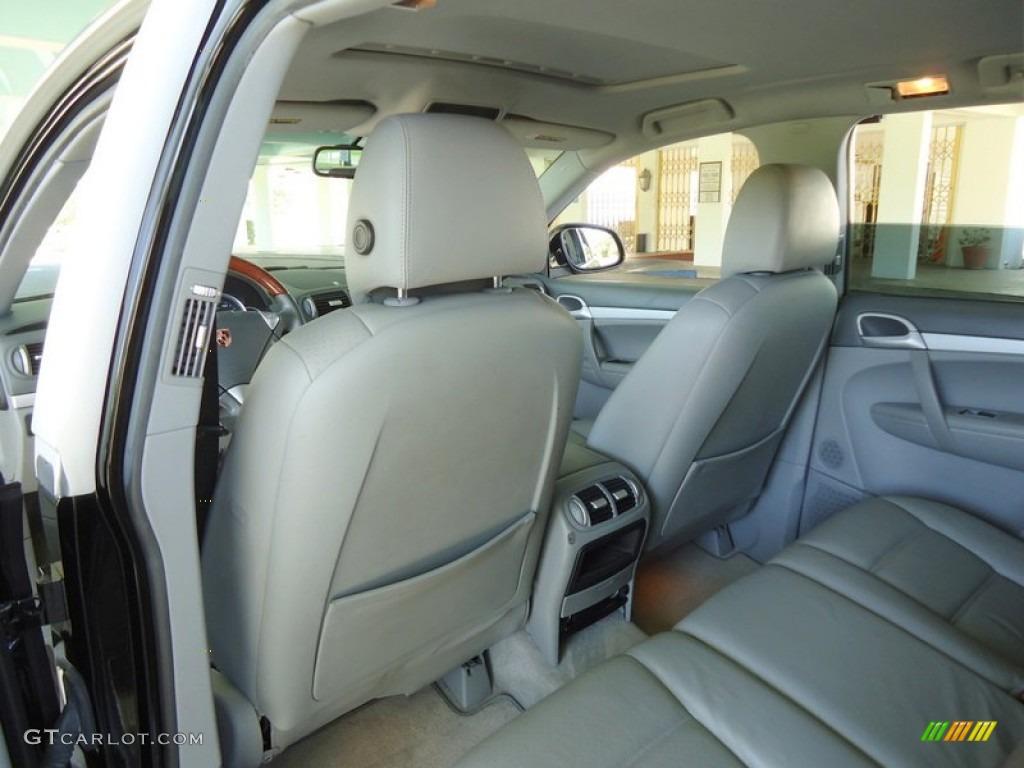 2004 Porsche Cayenne S Interior Photos