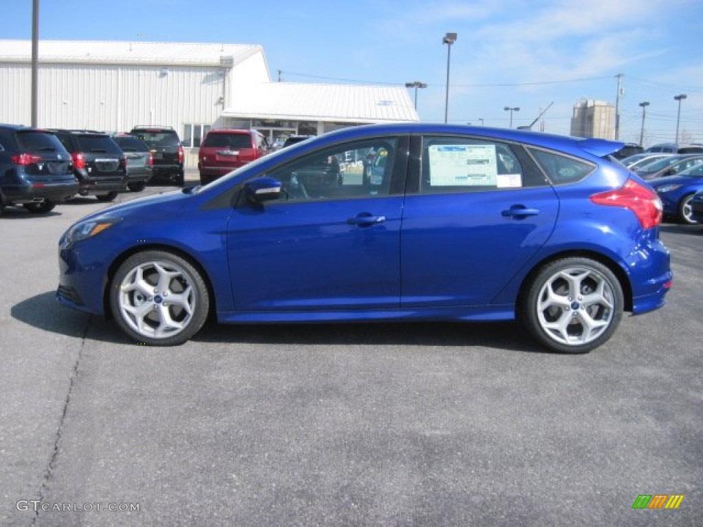 Performance Blue 2013 Ford Focus ST Hatchback Exterior ...
