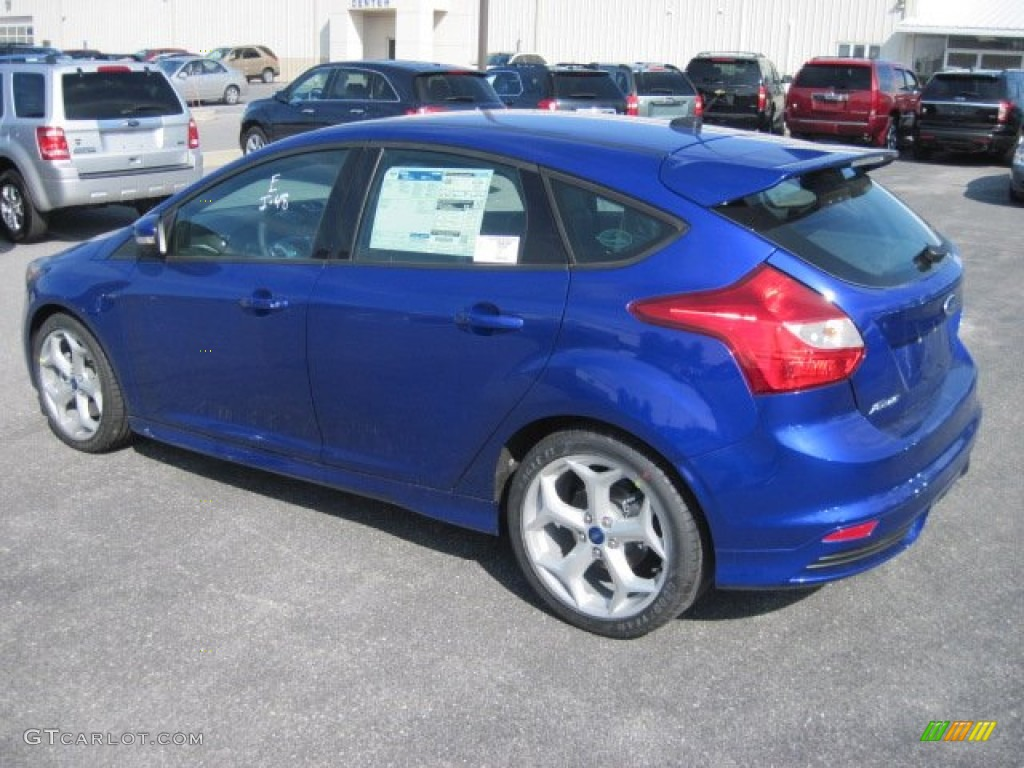 performance blue 2013 ford focus st hatchback exterior photo 78026899. Black Bedroom Furniture Sets. Home Design Ideas