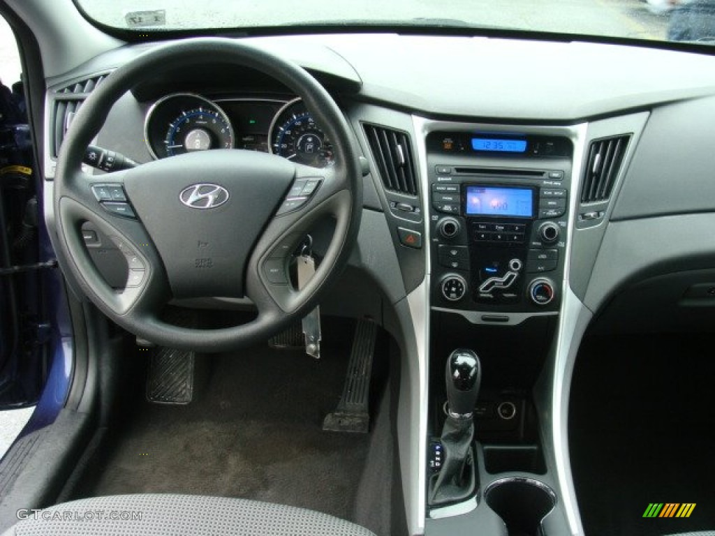 2014 Hyundai Sonata Gls >> 2012 Hyundai Sonata GLS Dashboard Photos | GTCarLot.com