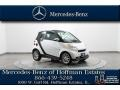 Crystal White 2010 Smart fortwo passion cabriolet