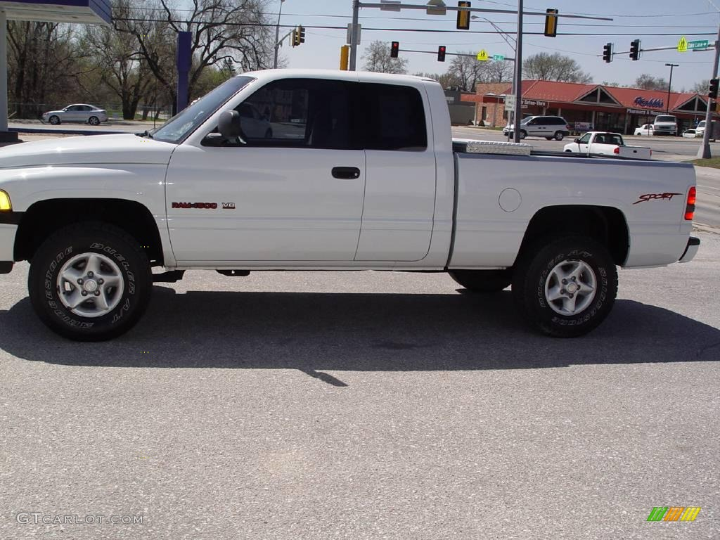 1998 Bright White Dodge Ram 1500 Sport Extended Cab 4x4
