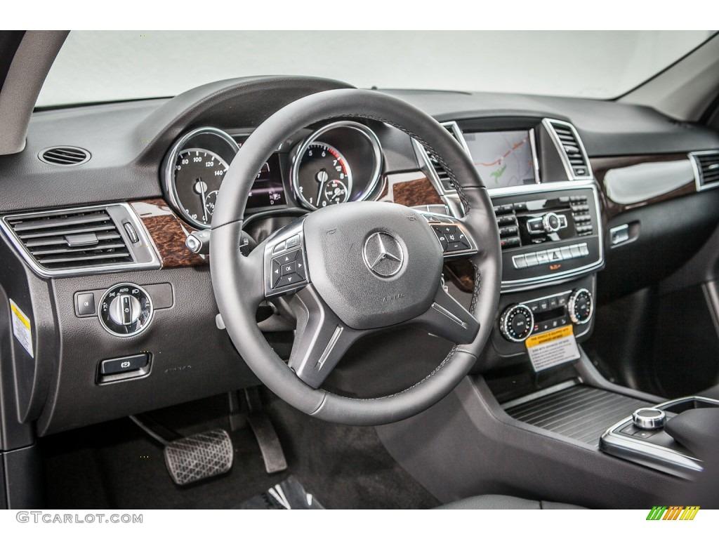 2013 mercedes benz ml 350 4matic black dashboard photo for Mercedes benz dashboard