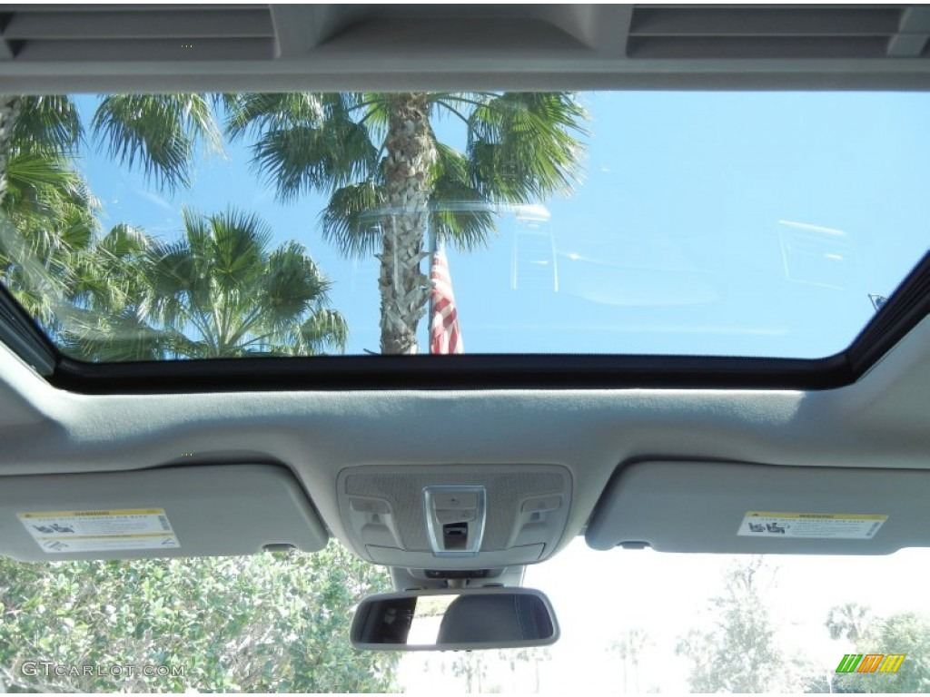 2012 mercedes benz ml 350 4matic sunroof photo 78182868 for Mercedes benz sunroof
