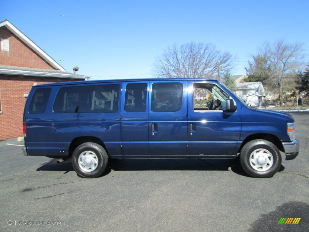 2008 Dark Blue Pearl Metallic Ford E Series Van E350 Super