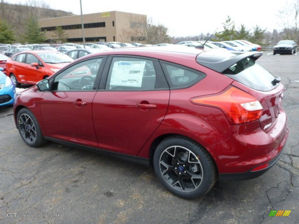 ruby red 2013 ford focus se hatchback exterior photo 78196221. Black Bedroom Furniture Sets. Home Design Ideas