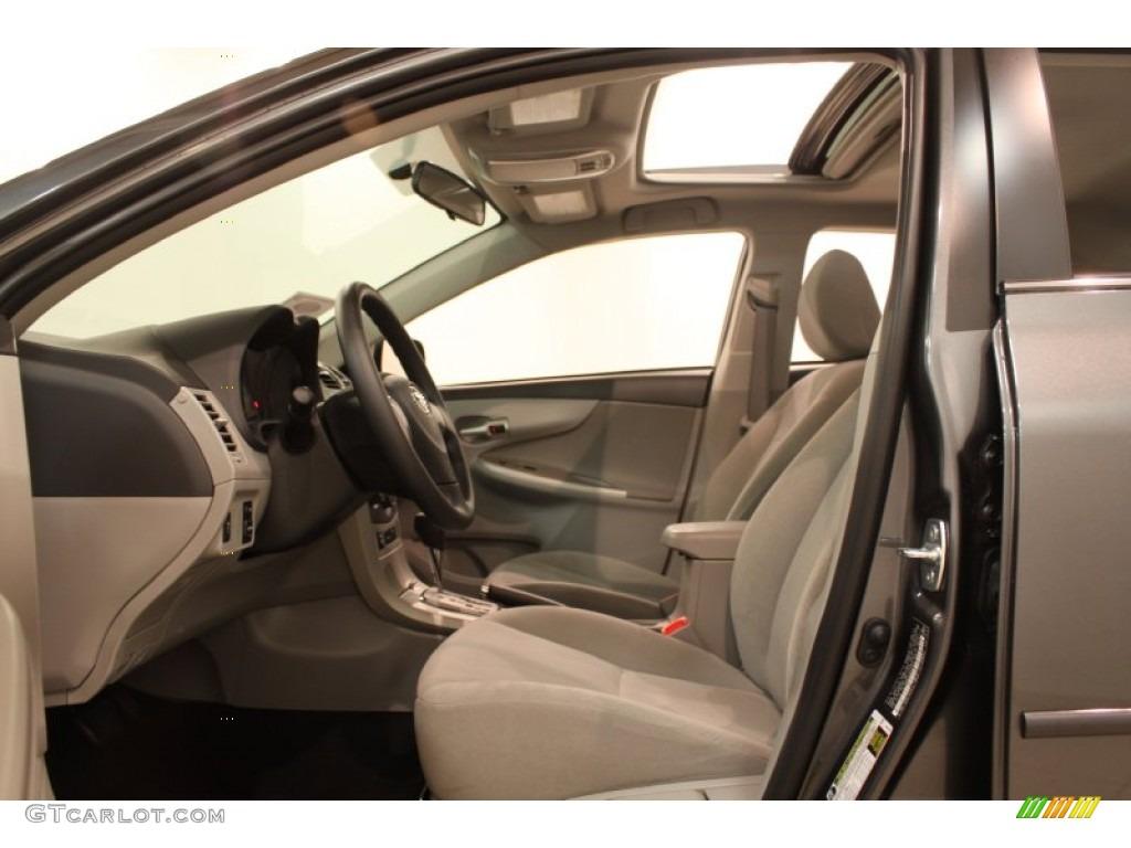 Ash Interior 2013 Toyota Corolla Le Photo 78239082