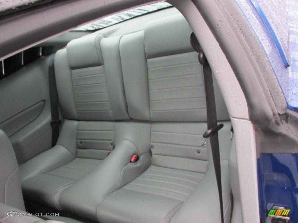 2006 Ford Mustang GT Premium Coupe Rear Seat Photo #78270343