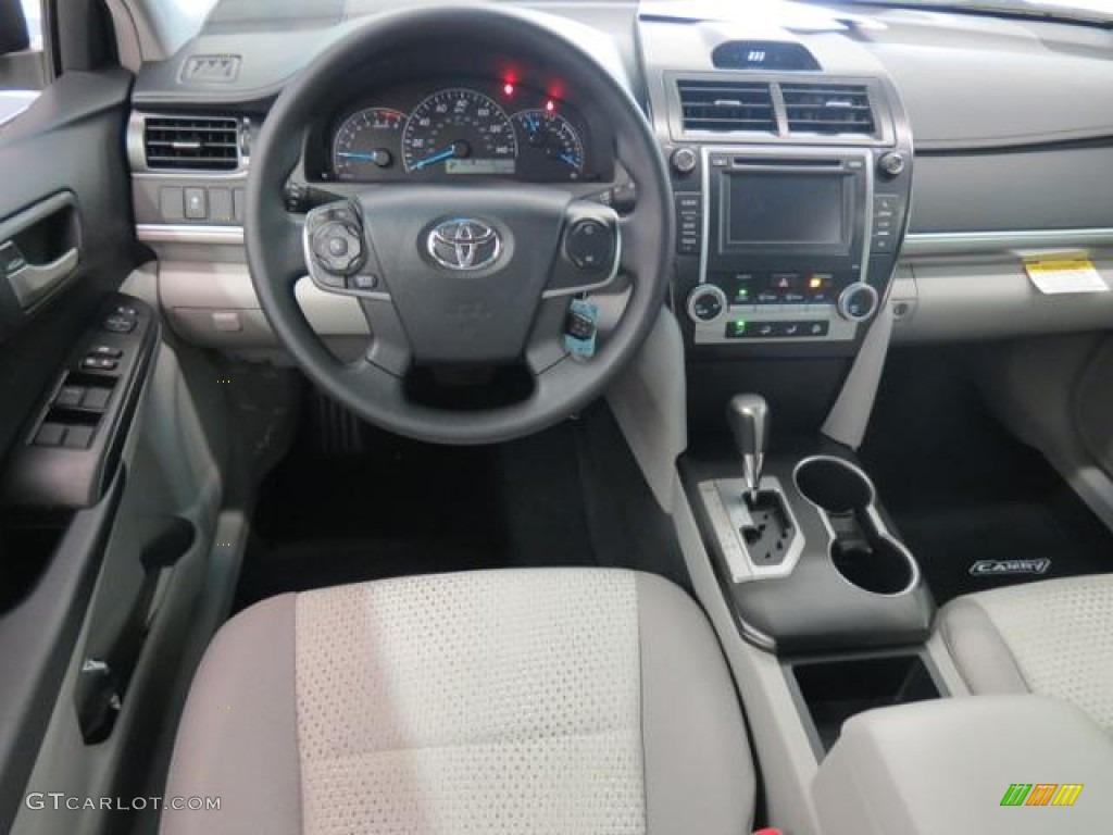 2013 toyota camry l dashboard photos. Black Bedroom Furniture Sets. Home Design Ideas