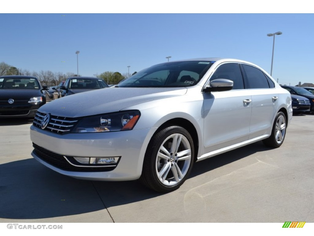 reflex silver metallic 2013 volkswagen passat tdi sel. Black Bedroom Furniture Sets. Home Design Ideas