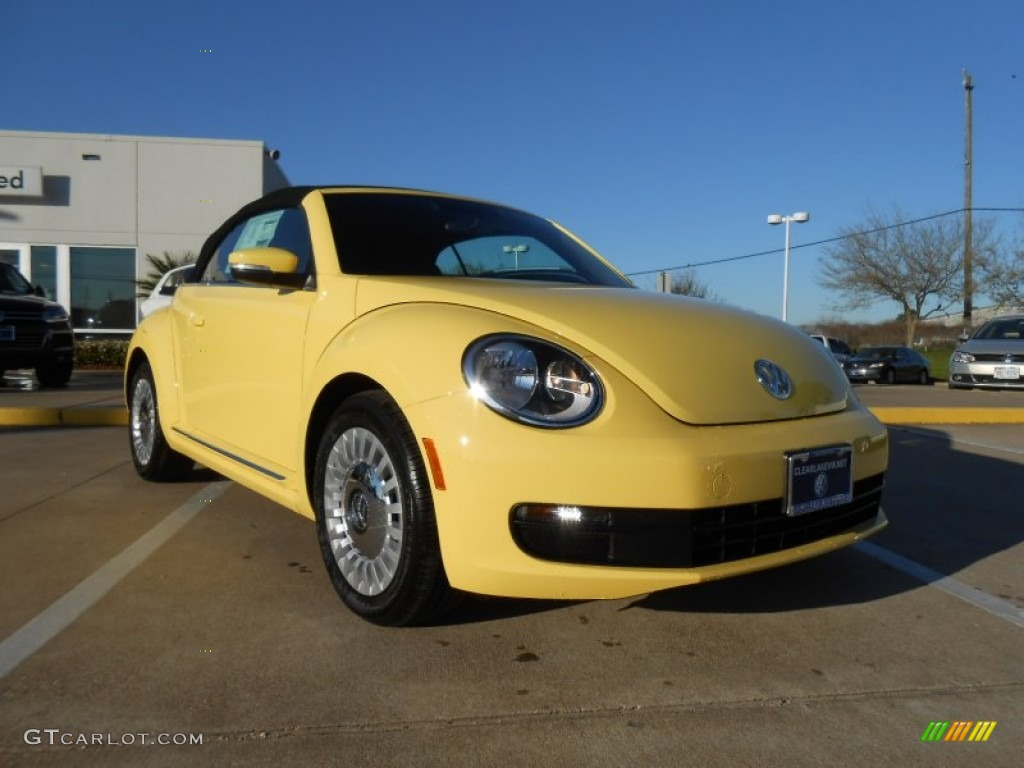 2013 yellow rush volkswagen beetle 2 5l convertible 78266564 car color galleries. Black Bedroom Furniture Sets. Home Design Ideas