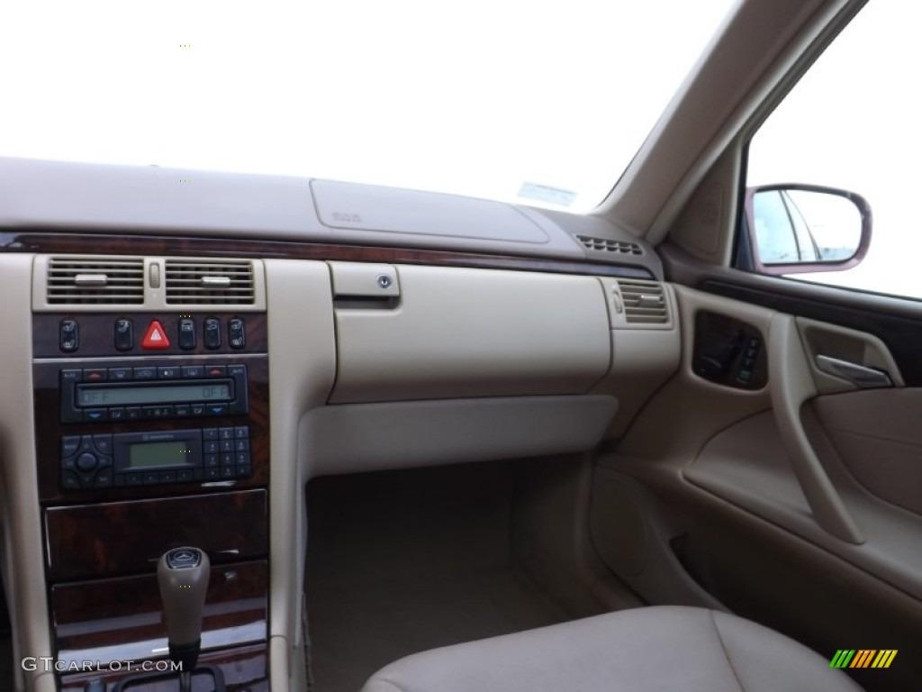 2000 mercedes benz e 430 sedan dashboard photos for Mercedes benz dashboard