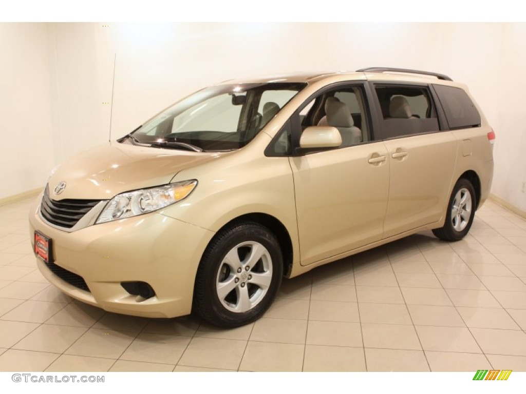 2012 toyota sienna le exterior photos. Black Bedroom Furniture Sets. Home Design Ideas