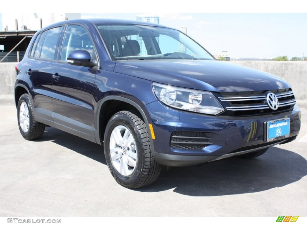 2013 night blue metallic volkswagen tiguan s 78585137. Black Bedroom Furniture Sets. Home Design Ideas