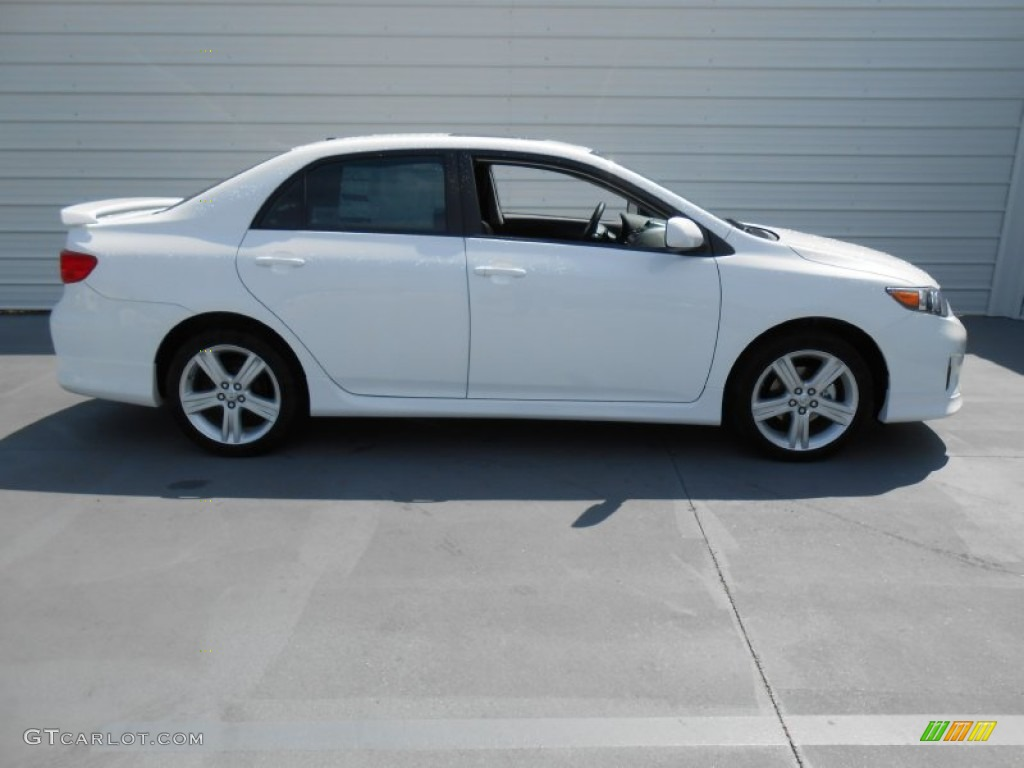 super white 2013 toyota corolla s exterior photo 78635160 gtcarlot. Black Bedroom Furniture Sets. Home Design Ideas