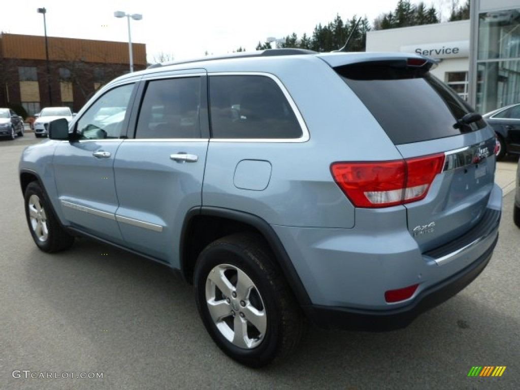 Winter Chill 2012 Jeep Grand Cherokee Limited 4x4 Exterior Photo 78653404