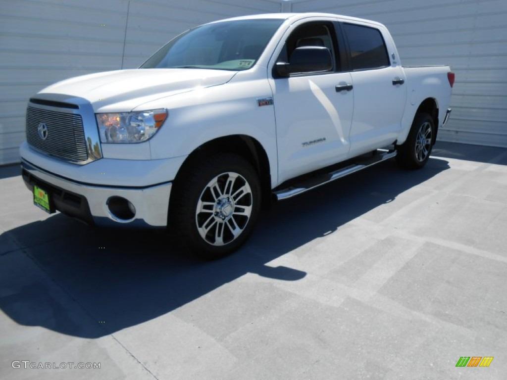 2013 Tundra Texas Edition CrewMax - Super White / Graphite photo #7