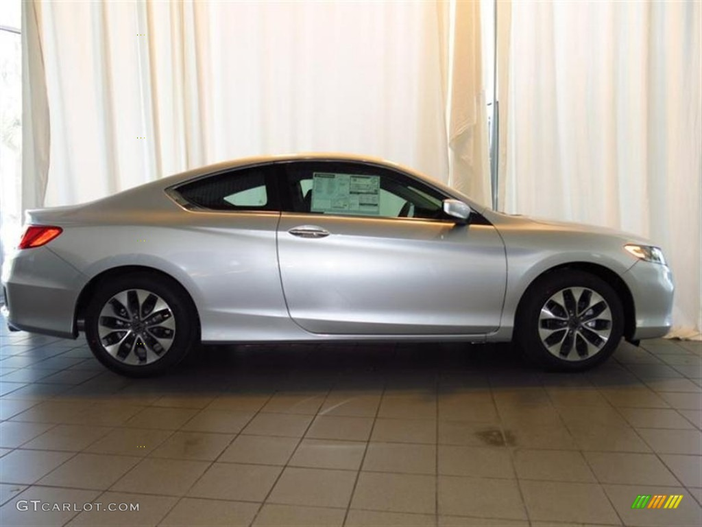 alabaster silver metallic 2013 honda accord lx s coupe exterior photo 78685300. Black Bedroom Furniture Sets. Home Design Ideas