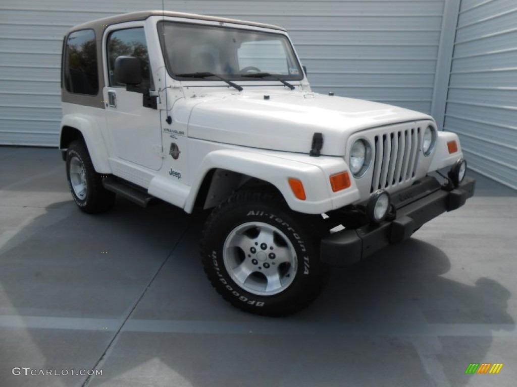 Stone White Jeep Wrangler. Jeep Wrangler Sahara 4x4
