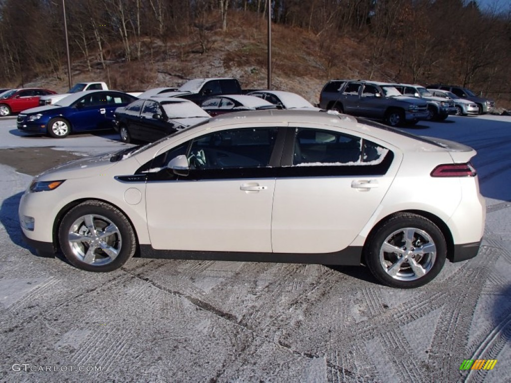 White Diamond Tricoat 2013 Chevrolet Volt Standard Volt Model Exterior Photo #78747323