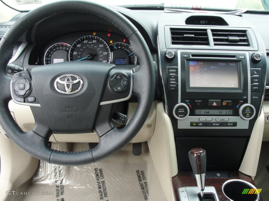 2012 toyota camry xle ivory dashboard photo 78773922. Black Bedroom Furniture Sets. Home Design Ideas
