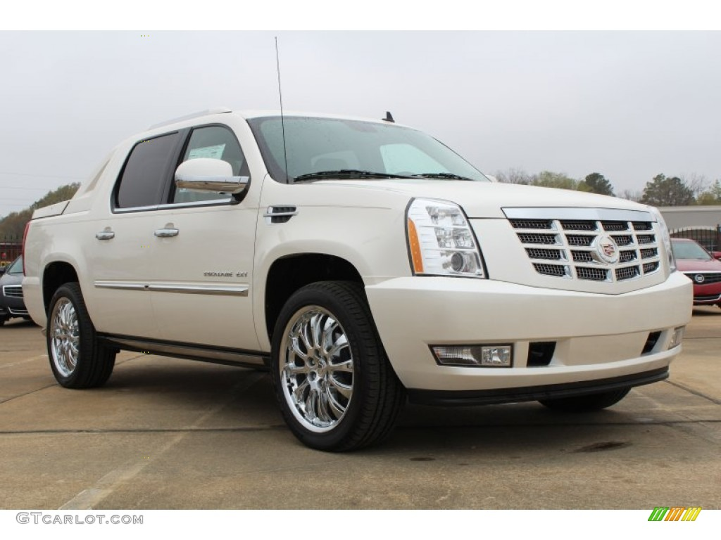 2013 White Diamond Tricoat Cadillac Escalade Ext Premium