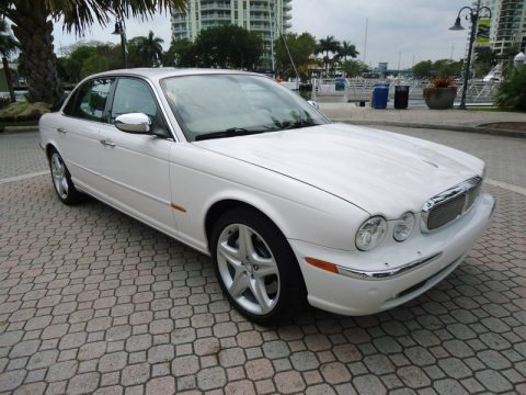 2005 jaguar xj super v8 data info and specs. Black Bedroom Furniture Sets. Home Design Ideas
