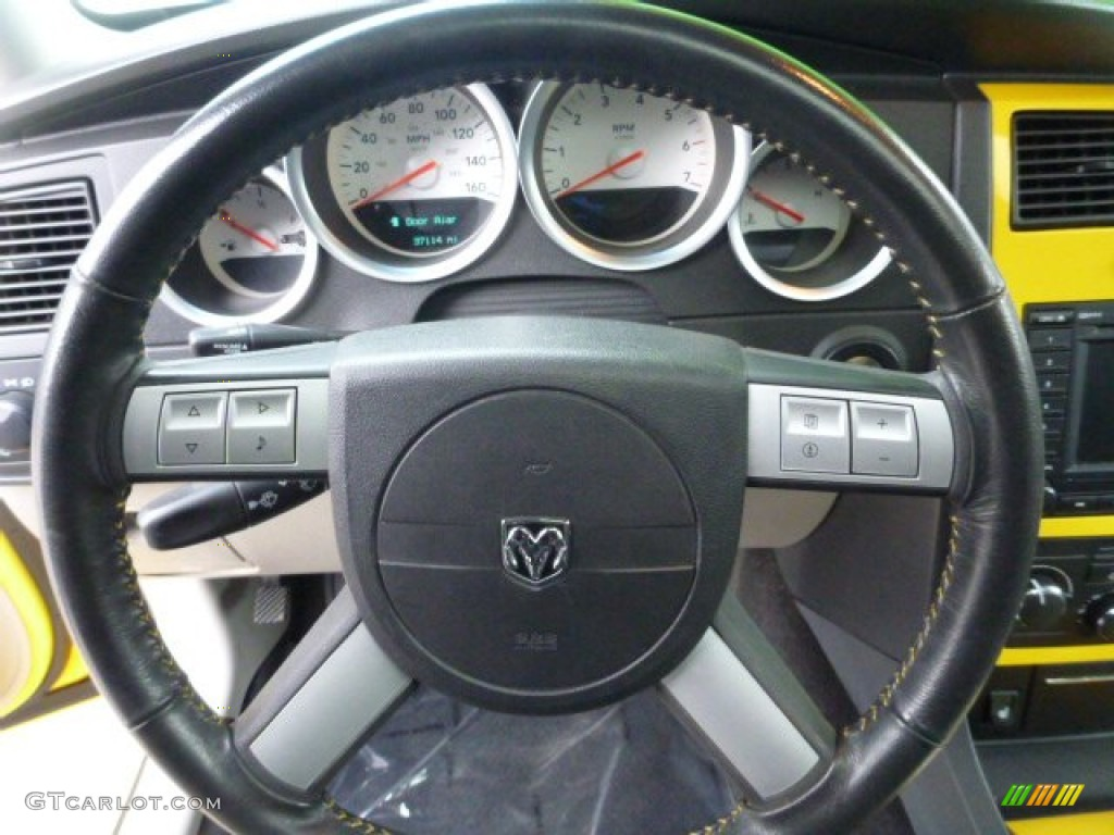 2006 Dodge Charger R T Daytona Steering Wheel Photos