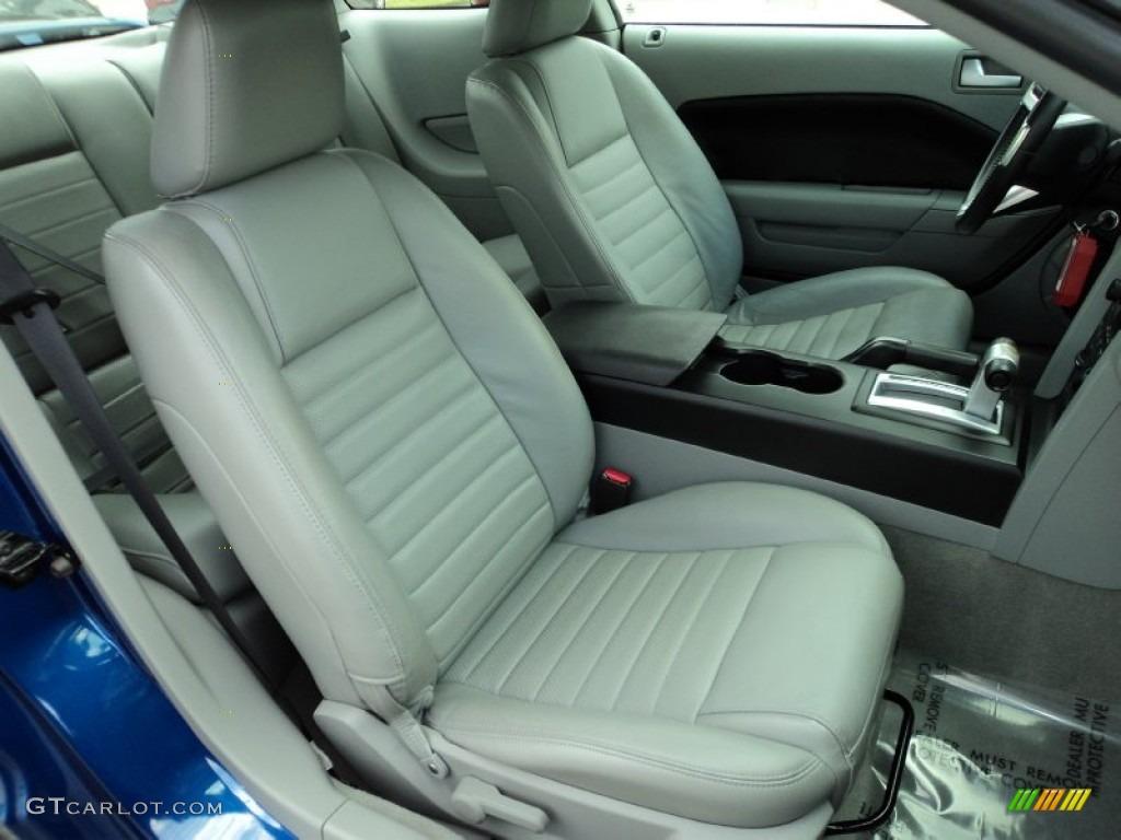 2006 Ford Mustang GT Premium Coupe Front Seat Photos