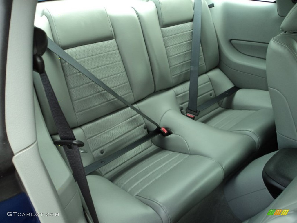 2006 Ford Mustang GT Premium Coupe Rear Seat Photos