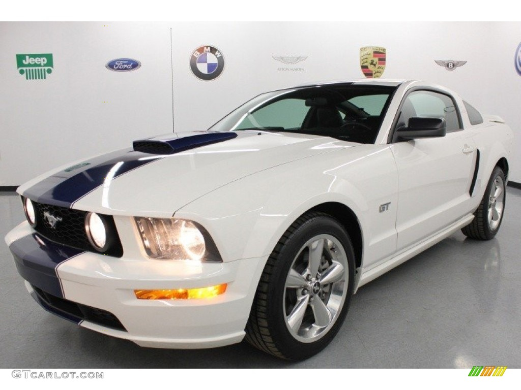 2007 Mustang GT Premium Coupe - Performance White / Dark Charcoal photo #1
