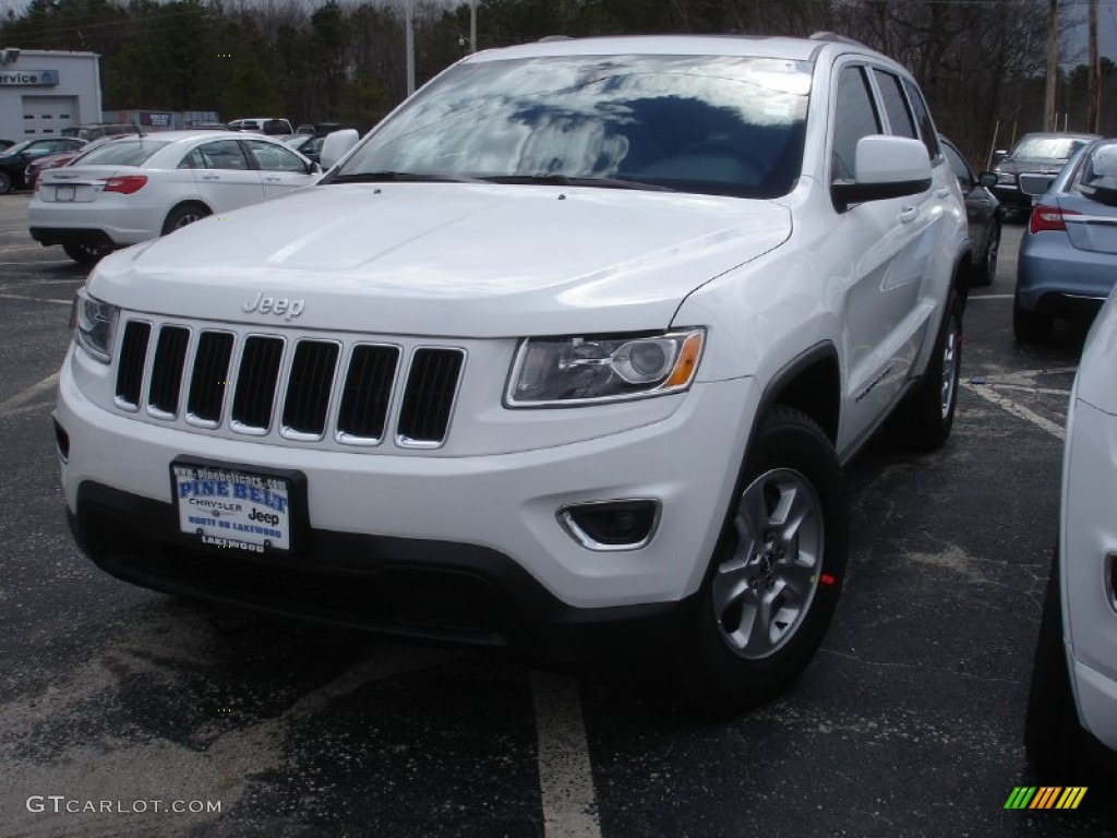 2014 bright white jeep grand cherokee laredo 4x4 79058309. Black Bedroom Furniture Sets. Home Design Ideas
