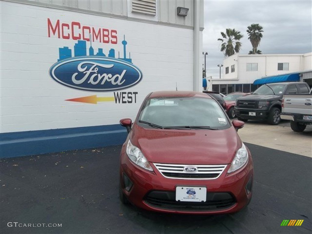 2013 Fiesta SE Sedan - Ruby Red / Charcoal Black/Light Stone photo #1