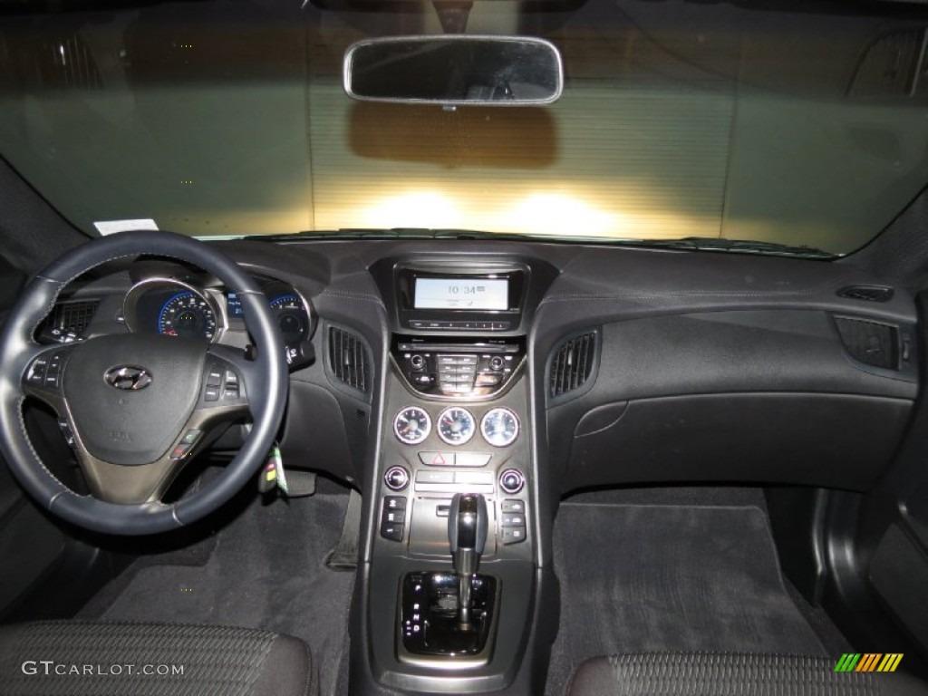 2013 Hyundai Genesis Coupe 2 0t Black Cloth Dashboard