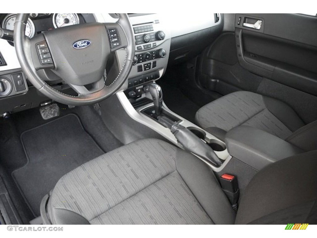 Charcoal Black Interior 2008 Ford Focus Se Coupe Photo
