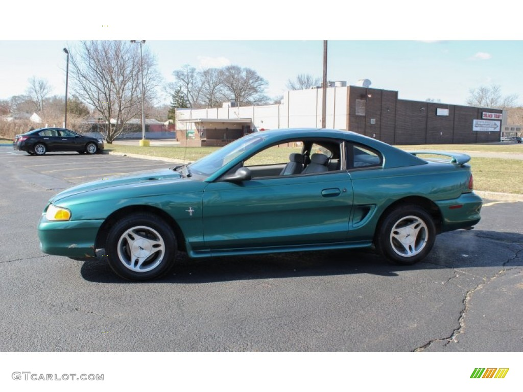 Pacific Green Metallic 1998 Ford Mustang V6 Coupe Exterior