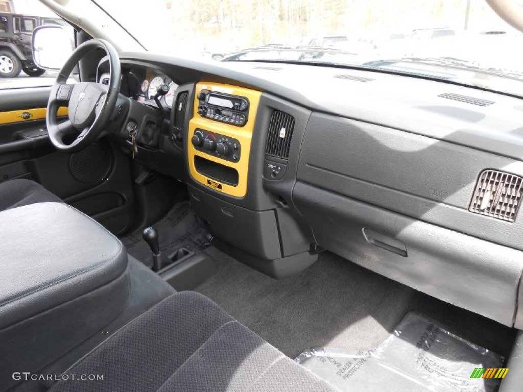 on 2006 Dodge Ram 1500 Codes