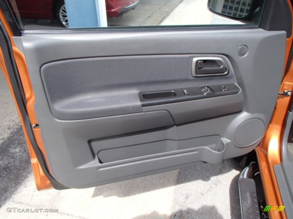 2005 Chevrolet Colorado LS Extended Cab 4x4 Medium Dark Pewter Door Panel Photo #79360567 & 2005 Chevrolet Colorado LS Extended Cab 4x4 Medium Dark Pewter ...