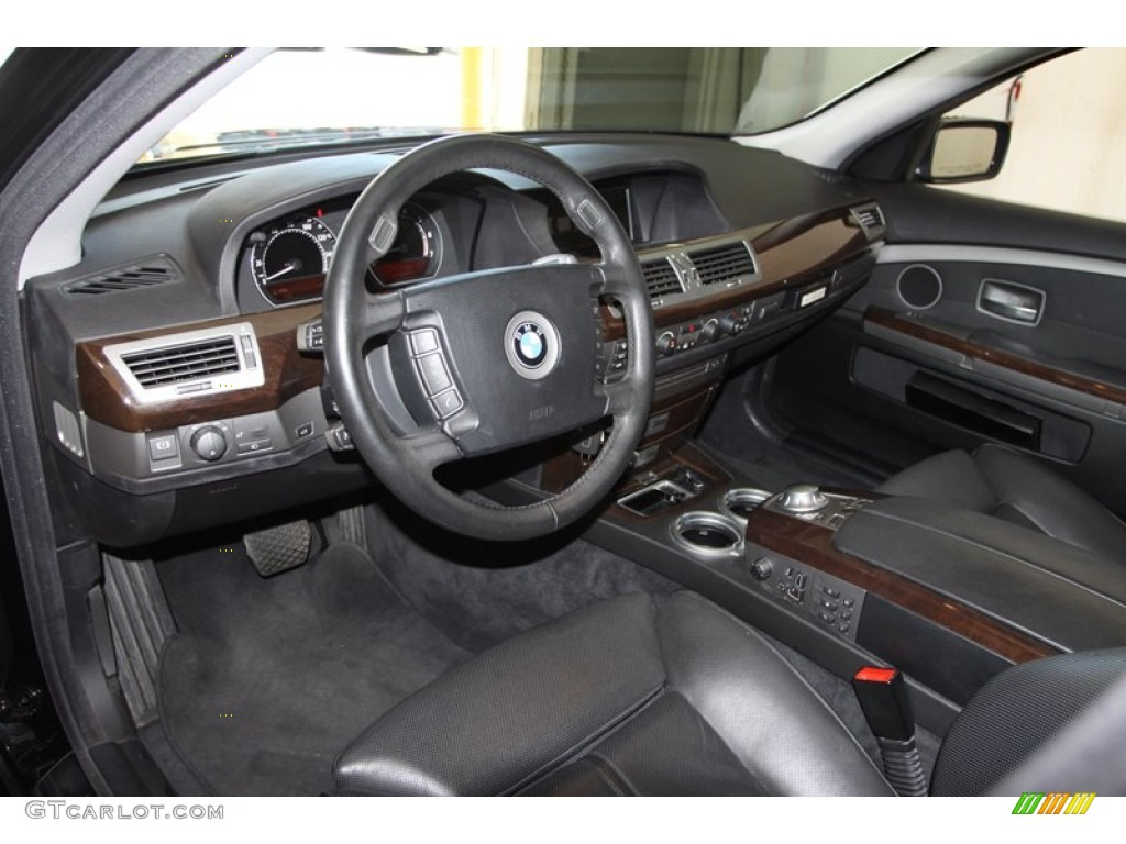 Black Interior 2005 BMW 7 Series 745Li Sedan Photo 79375804