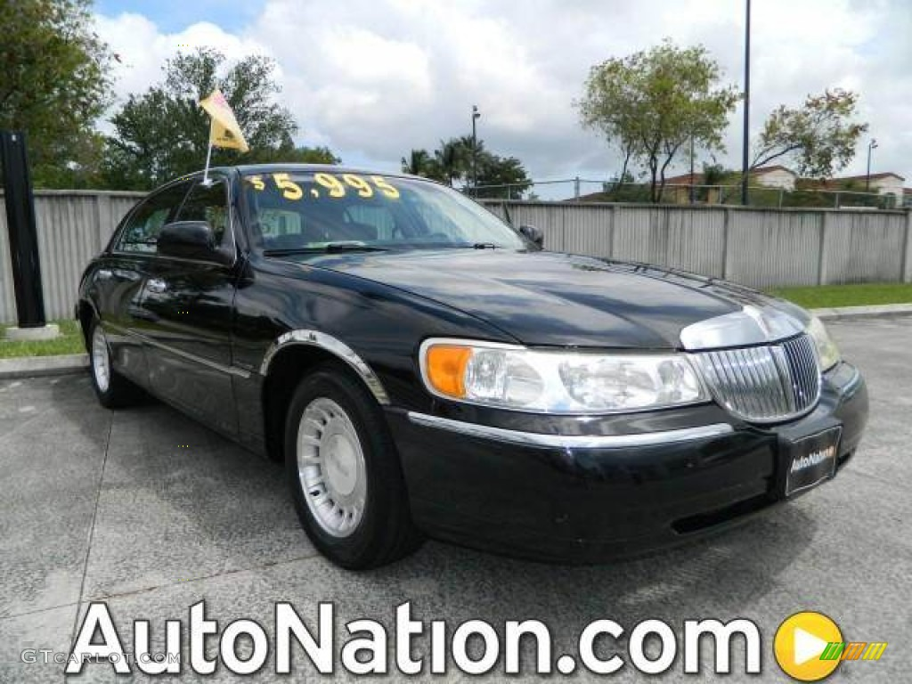 2001 black clearcoat lincoln town car executive 79569635. Black Bedroom Furniture Sets. Home Design Ideas