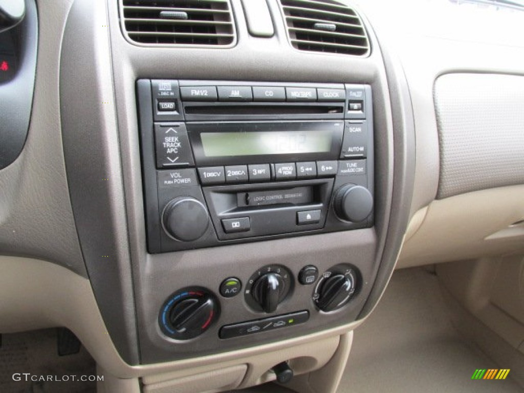 2003 Mazda Protege LX Controls Photos | GTCarLot.com