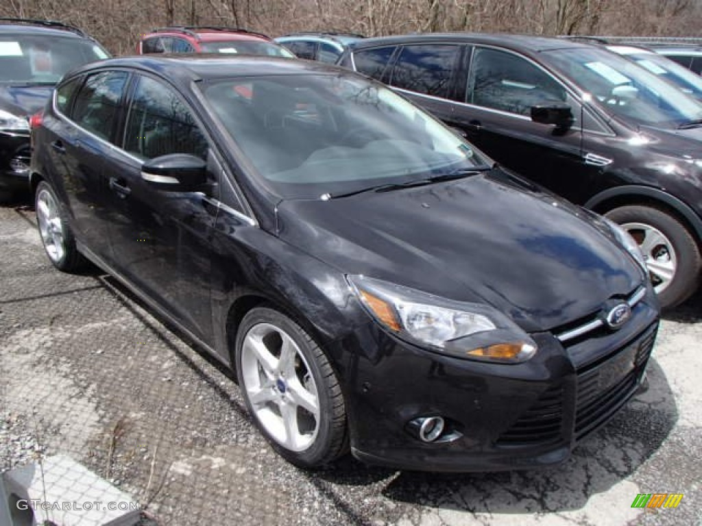2012 Focus Titanium 5-Door - Tuxedo Black Metallic / Charcoal Black Leather photo #1