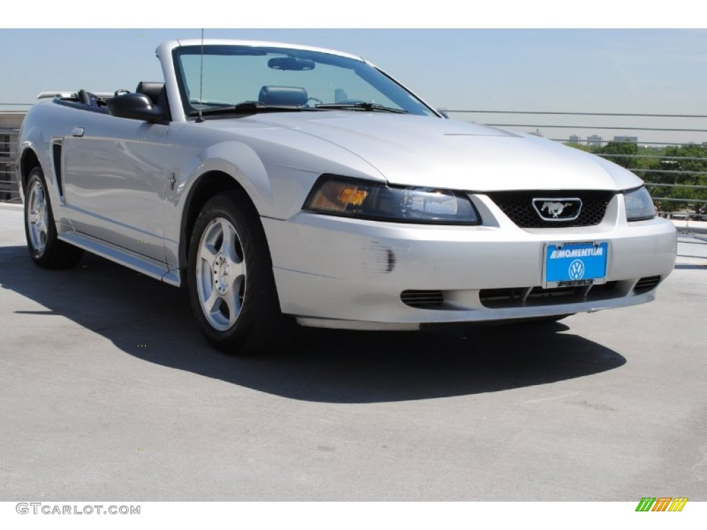 Silver Metallic Ford Mustang V6 Convertible