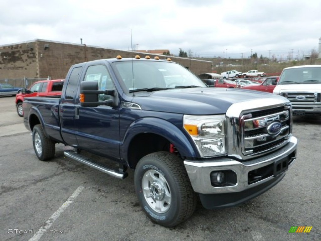 Blue Jeans Metallic Ford